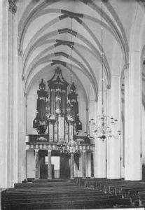 interieur Jacobikerk utrecht met zicht op het orgel